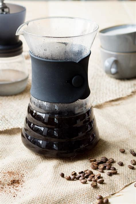 The right ratio of coffee to water is essential for a successful coffee preparation. How to Make Pour Over Coffee - Brew Guide | The Worktop