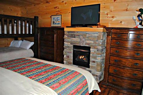 gatlinburg mansion updated   bedroom cabin  cosby  washer  parking tripadvisor