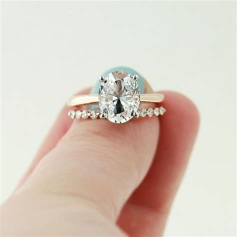 engagement ring vs wedding ring what s the difference