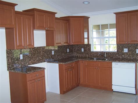 Kitchen Cabinet Ls by Thermofoil Cabinets For Kitchen Cabinet Makeovers