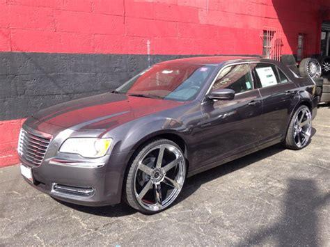 Chrome Rims For Chrysler 300 by Luxury Rims For Chrysler Giovanna Luxury Wheels