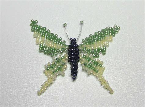 perle de rocaille papillon en perles de rocaille et en tissage plat et 3d