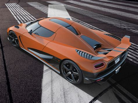 koenigsegg agera r black and yellow are you bored configurate your own koenigsegg agera r