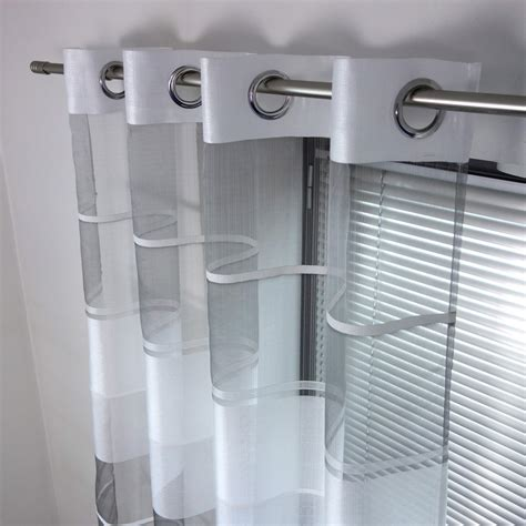 rideau de cuisine et gris voilage tamisant aubagne blanc et gris l 140 x h 250 cm