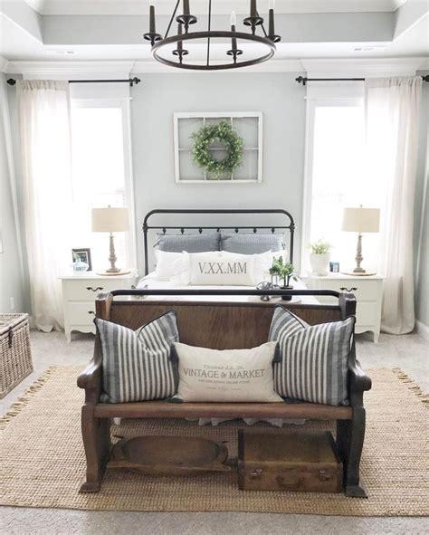 farmhouse style bedroom decor best 25 farmhouse bedrooms ideas on modern farmhouse bedroom spare bedroom ideas