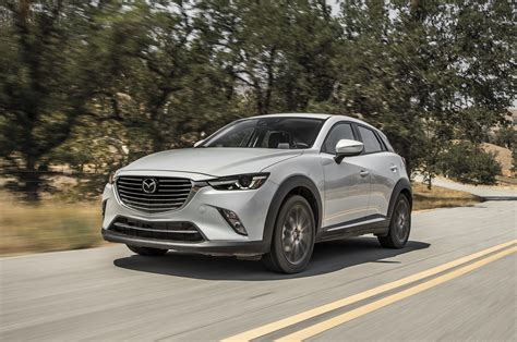 mazda cx 3 motor mazda cx 3 2016 motor trend suv of the year contender