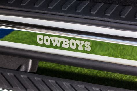 ford unveils   dallas cowboys limited edition truck