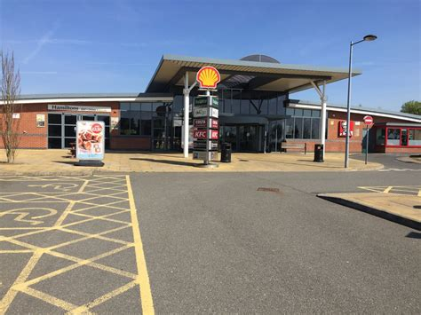 Shell Garage M1 by Leicester Services Motorway Services Leicester