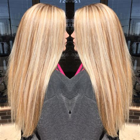 With Blond Hair by Golden Base With Platinum Highlights And Neutral