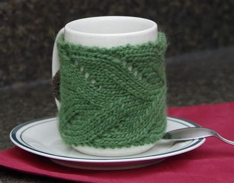 This simple pattern is nice and wide for maximum hand protection! Free Mug Cozy Knitting Pattern   Yay For Yarn