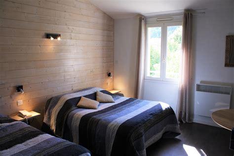 chambres contemporaines chambres contemporaines hotel mont ventoux à mollans sur