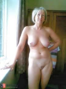 Horney Moist Granny Labia Zb Porn