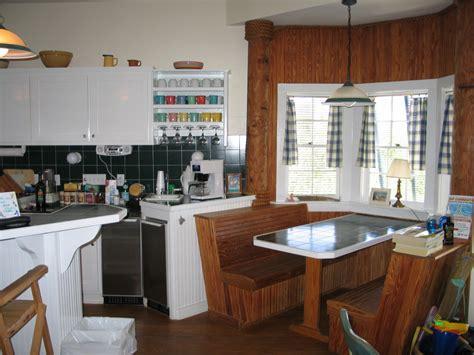 Modern Kitchen Booth Ideas by Modern Kitchen Booth Interior Design