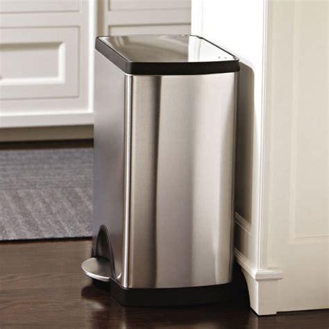 poubelle de cuisine à pédale 30 litres inox brossé