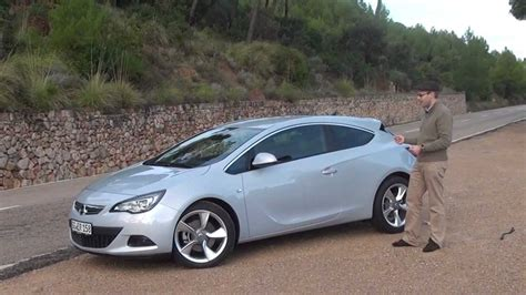 Opel Gtc by Opel Astra Gtc 1 6 Turbo 233 S 2 0 Cdti Miniteszt