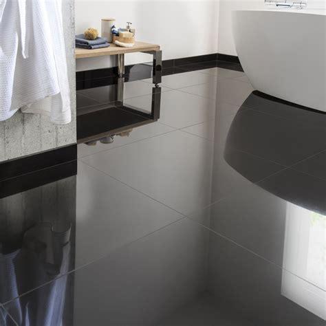 carrelage sol noir brillant carrelage sol et mur noir effet uni l 60 x l 60 cm leroy merlin