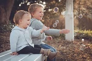 Geschwister Fotoshooting Ideen : kinder geschwister seifenblasen fr hling unsere referenzen ~ Eleganceandgraceweddings.com Haus und Dekorationen