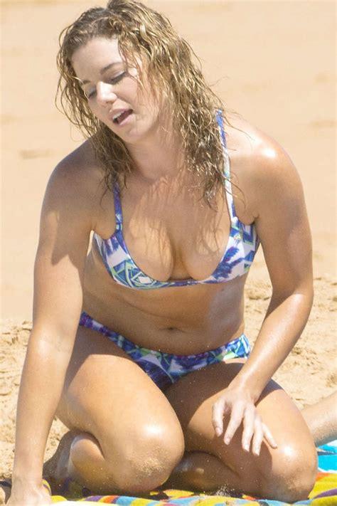 jessica grace smith wearing bikini  australia gotceleb