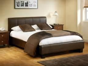 braunes schlafzimmer schlafzimmer ideen braunes bett rheumri