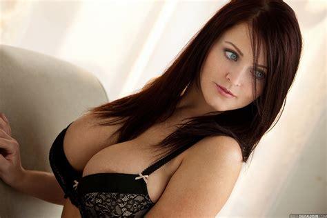 Sophie Dee Big Nude Tits Nude Free