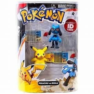 pokemon toys pikachu vs riolu 2 pack