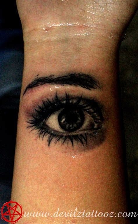 unique eye tattoos