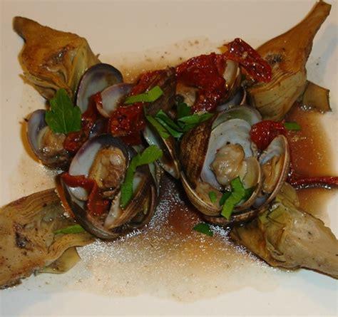 cuisiner artichaut poivrade poêlée de palourdes et artichauts poivrade au vinaigre