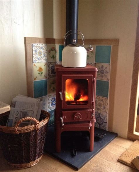 The Hobbit, Small Multi Fuel Cast Iron Stove