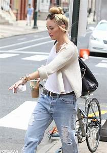 Miley Cyrus Walking Dog in Philadelphia | Pictures ...