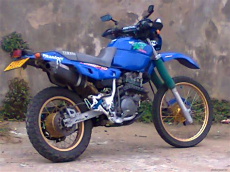 Yamaha 400 Motorcycle by 2002 Yamaha Xt 400 Picture 2329378