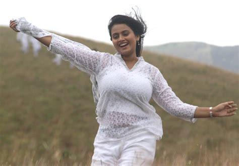 tamil actress kalyani marriage photos actress kaveri kalyani after marriage photos