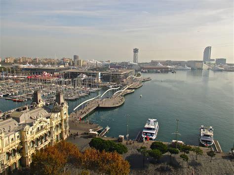 le port de barcelone barcelone vue du ciel petits voyageurs de voyage et carnets de route