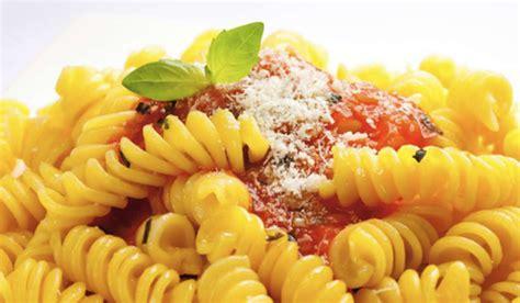 mezzo di pasta ep 226 tants restaurants de p 226 tes fra 238 ches 224