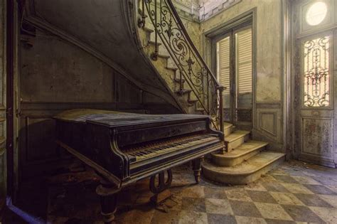 piano limited edition    photography