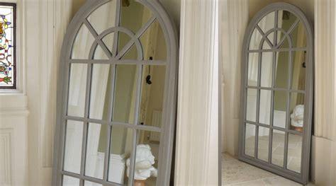 miroir en forme de grande fen 234 tre arrondie patine gris antique