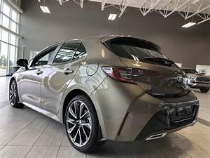 New 2020 Toyota Corolla Hatchback Se Upgrade Manual Front