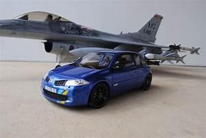 Megane 3 Noir : 3 renault megane r25 f1 team bleu monako noir bleu alp ~ Gottalentnigeria.com Avis de Voitures