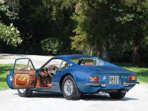 The production of the 206 gt eventually started during the spring of 1968, with 99 units built, although two cars were produced the year before. Ferrari Dino 206 GT 1969 - Włochy - Giełda klasyków