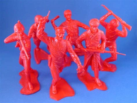 marx   toy soldiers wwii russian infantry figures