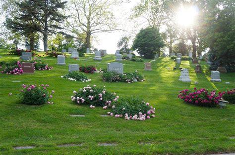 Forest Memorial Gardens by Forest Lawn Memorial Park Omaha Nebraska Burial Records