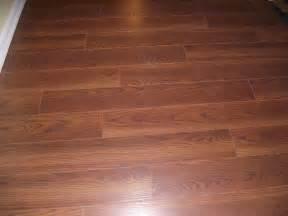 lowes wood flooring reviews floor cool lowes laminate flooring ideas lowe s laminate wood flooring lowes laminate flooring