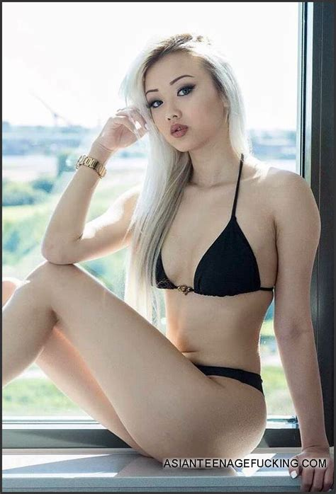 Gorgeous blonde Vaayz Vyvan Le at... Picture #5 @ Asian Teenage Fucking