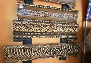 Banquette Salon Marocain : banquettes en bois pour salon marocain traditionnel d co ~ Teatrodelosmanantiales.com Idées de Décoration