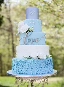 Best 25+ Blue wedding cakes ideas on Pinterest Navy blue wedding cakes, Green big wedding