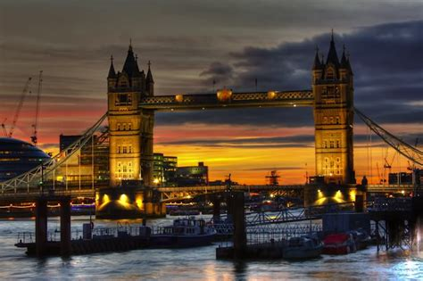 stunning tower bridge london pictures  sunset