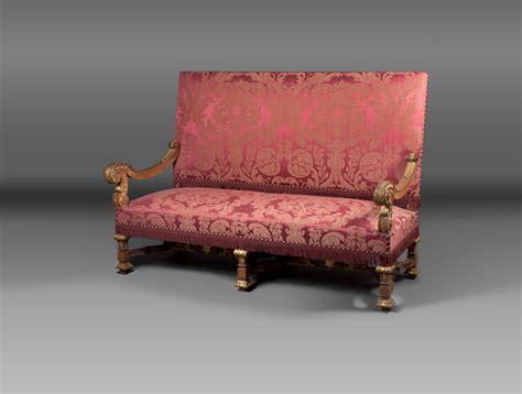 grand canapé louis xiv soubrier louer sièges canapé xviie