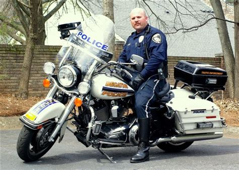 Why Do Biker Cops Use Big Harley Type Motorcycles Instead