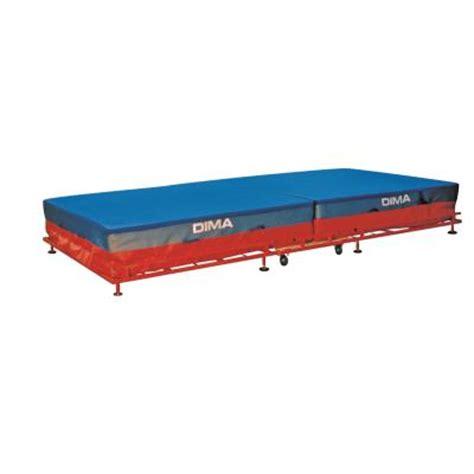 tapis de dima tapis de saut en hauteur sautoirs de saut club decathlon pro