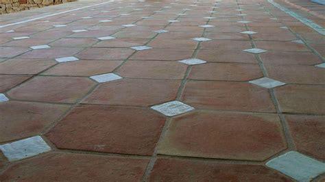 Non Slip Outdoor Tile   Tile Design Ideas