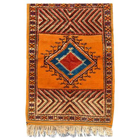 tapis berbere marocain prix tapis berb 232 re a 239 t ouaouzguit tapao006